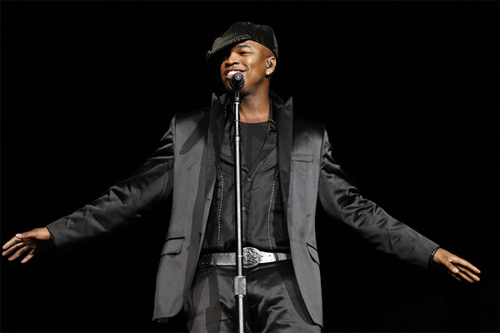 http://linkuri.files.wordpress.com/2009/05/dup-neyo11.jpg